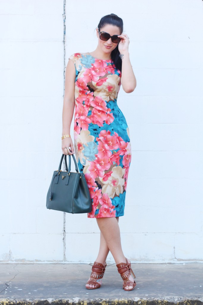 Floral Dress | how to wear a floral dress | how to style a floral dress | floral dress style ideas | summer fashion tips | summer outfit ideas | summer style tips | what to wear for summer | warm weather fashion | fashion for summer | style tips for summer | outfit ideas for summer || Dressed to Kill