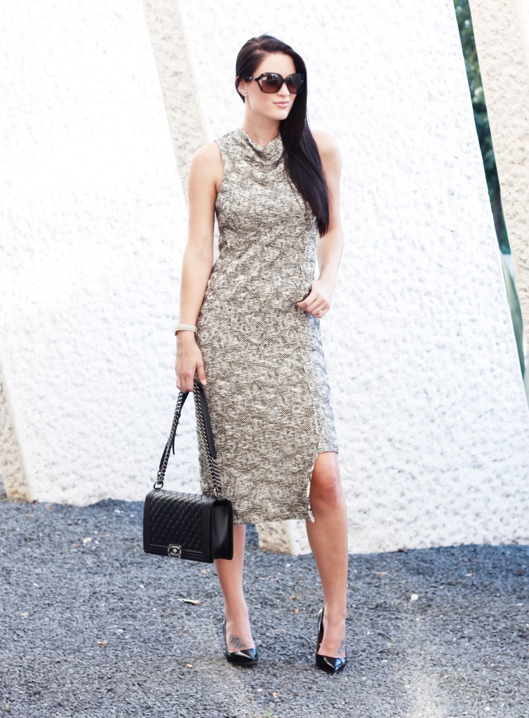 Free People Knit Midi Dress | how to style a midi dress | how to wear a midi dress | midi dress style tips | summer fashion tips | summer outfit ideas | summer style tips | what to wear for summer | warm weather fashion | fashion for summer | style tips for summer | outfit ideas for summer || Dressed to Kill