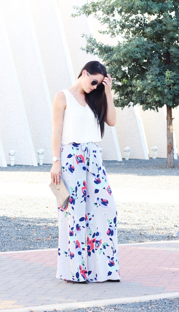 Floral Wide Leg Pants | how to style wide leg pants | how to wear wide leg pants | wide leg pants style tips | summer fashion tips | summer outfit ideas | summer style tips | what to wear for summer | warm weather fashion | fashion for summer | style tips for summer | outfit ideas for summer || Dressed to Kill